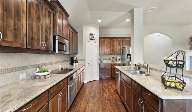 staging kitchens in dallas fort worth texas